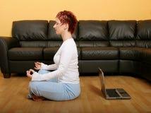Meditação e tecnologia Imagem de Stock Royalty Free