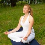 Meditação na natureza Fotos de Stock Royalty Free