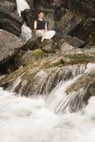 Meditación al aire libre Imagen de archivo libre de regalías