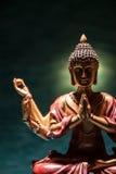 Meditación de Buda con las velas Foto de archivo