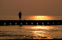 Meditación en el topo por salida del sol Imagen de archivo libre de regalías