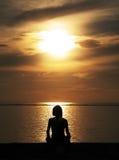 Meditación en Indonesia Imagenes de archivo