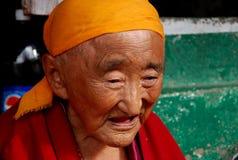 Meditare anziano delle donne Fotografia Stock Libera da Diritti