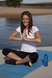meditate усмешка стоковые изображения rf