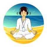 Meditatie op het zandstrand Royalty-vrije Stock Afbeelding