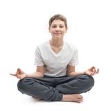 meditating νεολαίες αγοριών Στοκ φωτογραφία με δικαίωμα ελεύθερης χρήσης