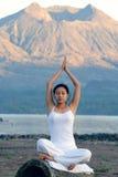 meditating женщина Стоковые Изображения RF