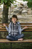 Meditation des kleinen Mädchens Lizenzfreies Stockbild