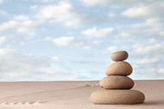 Meditation-Zensand und Steingarten Lizenzfreie Stockfotografie
