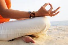 meditationsoluppgång Arkivfoto