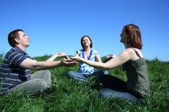 Meditazione di Friengs Fotografie Stock