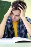 Meditazione di Studentv sull'esame Immagini Stock Libere da Diritti