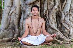 meditera barn för man Royaltyfria Foton
