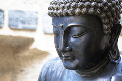 Meditera den japanska Buddhastatyn Royaltyfria Foton
