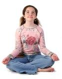 meditera för flicka som är teen Royaltyfri Foto