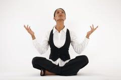 meditera kvinnabarn Royaltyfri Bild
