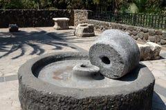 Mediterrâneo de pedra de moedura antigo fotografia de stock royalty free