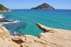 Mediterraan eiland stock afbeelding