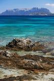 Mediterraan overzees van Sardinige strand Stock Afbeeldingen