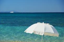 Mediterraan Strand Royalty-vrije Stock Afbeeldingen