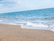 Mediterraan zandig strand Stock Foto's