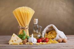 Mediterrane keuken en dieetingrediënten Stock Foto