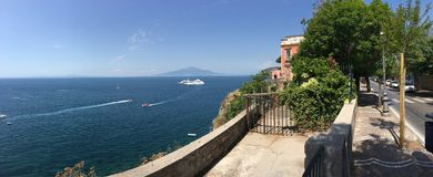 Mediterrane mening van Sorrento, Italië stock foto's