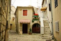 Mediterrane straat Stock Afbeeldingen