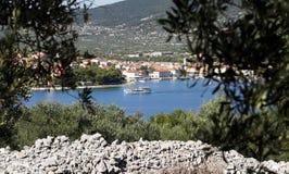 Mediterrane toeristische plaats Stock Foto's