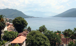 Mediterrane toevluchtstad. Herceg Novi, Montenegro Stock Foto's