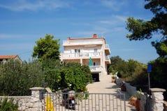 Mediterrane villa Royalty-vrije Stock Afbeeldingen