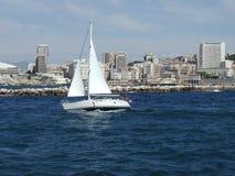 Mediterrane witte boot Royalty-vrije Stock Foto