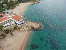 Mediterreanean plażowy dom w Costa Brava fotografia royalty free