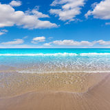 Mediterráneo hermoso de la playa de Alicante San Juan Imagen de archivo libre de regalías