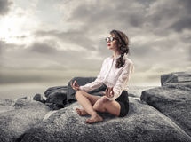 meditieren lizenzfreie stockfotos