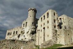 Medival kasztel rujnuje Zamek Ogrodzieniec blisko Krakow Obraz Royalty Free
