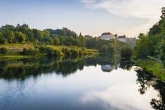 Medival Schloss Ozalj in der Stadt Ozalj, Kroatien lizenzfreie stockbilder