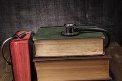 Medizin, die Bücher lernt Stockfoto