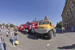 Medizin-Gelände-ansässige Gazelle Fahrzeug des Auto-Unfalles an der Ausstellung im Rahmen des Tages der Stadt Lizenzfreie Stockfotografie