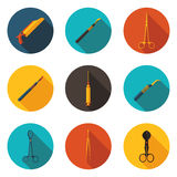 Medizinische Instrumente der flachen Ikonen lizenzfreie abbildung
