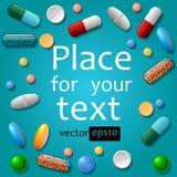 medizinische Pillen auf blauem Hintergrund Stockbilder