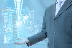 Medizinische Technologie des Geschäftsmannes lizenzfreie stockbilder