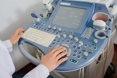 Medizinische Ultraschall-Diagnostikmaschine stockbilder