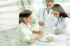 Medizinische Verordnungen lizenzfreie stockbilder