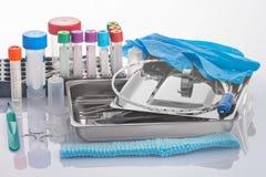 Medizinische Werkzeuge und Verbrauchbare für klinisches Labor Lizenzfreies Stockfoto