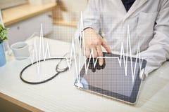 Medizinischer Konzepthintergrund des Impulses Medizin und Gesundheitswesen Lizenzfreies Stockfoto