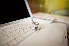 Medizinisches Konzept des Stethoskops Lizenzfreies Stockfoto