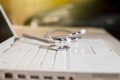 Medizinisches Konzept des Stethoskops Stockbild