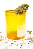 Medizinisches Marihuana, Verordnung Rx-Tablettenfläschchen und Hanf Lizenzfreies Stockbild