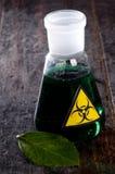 Medizinisches Rohr mit Symbol Biohazard Lizenzfreie Stockbilder